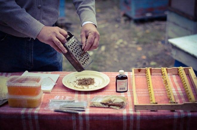 lechebnye-svojstva-i-protivopokazaniya-nastojki-propolisa