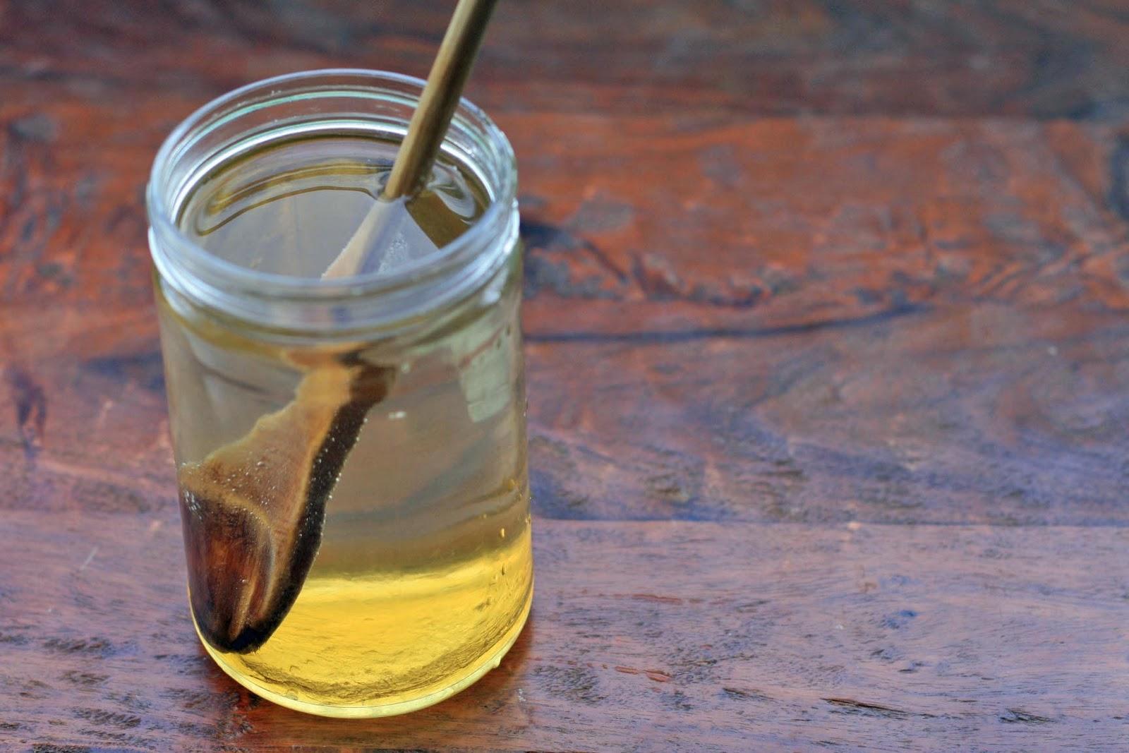 раствор из меда и воды