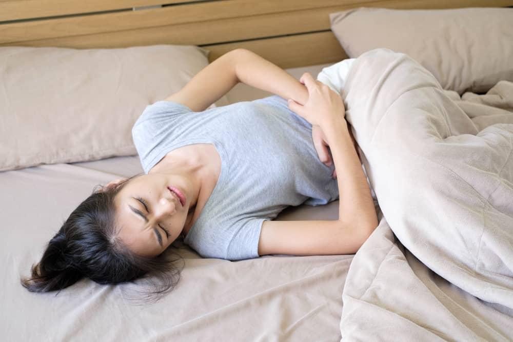 ПМС у женщин: признаки и длительность. Как уменьшить симптомы предменструального синдрома?